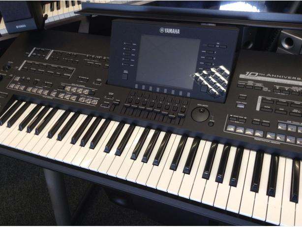 YAMAHA TYROS 4 ANNIVERSARY MODEL WITH MATCHING TRMS04 SPEAKERS!! IMMACULATE