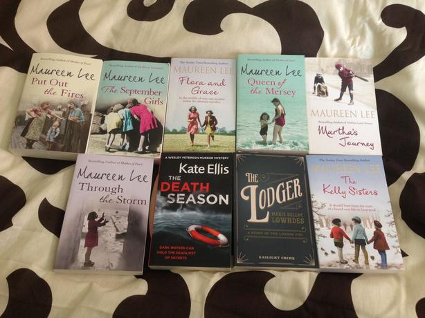 L@@K..7 X WOMENS FICTION BOOKS..NEW
