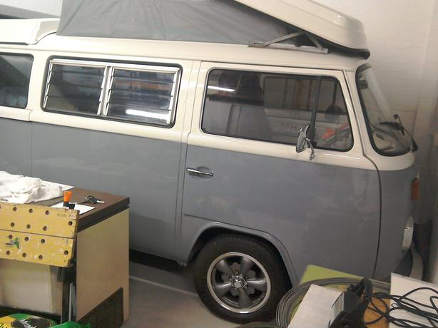 WANTED VW T2 SEATS AND RUNNERS LATE BAY BUS
