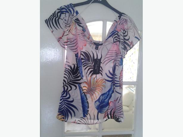 NEW LOOK TOP SIZE 20 BRAND NEW WITH TAGS