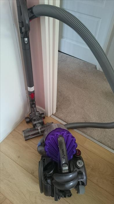 dyson vacuum cleaner dc32
