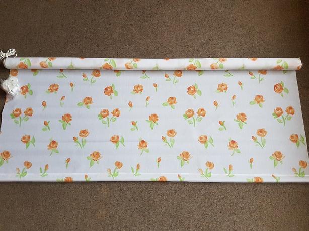 New floral roller blind 4ft wide
