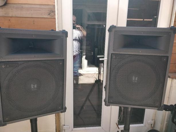 Pair PA/Disco/Musician 240w speakers and stands