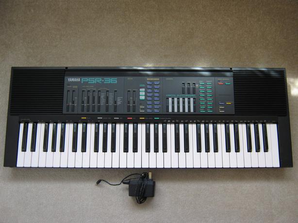 Yamaha PSR-36 vintage 1980s Keyboard / Synthesizer