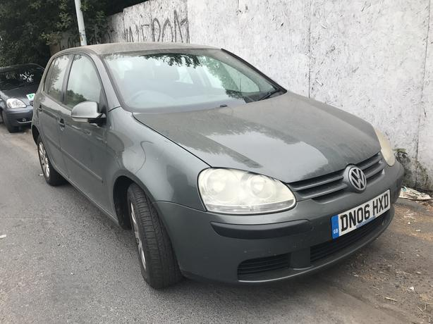 VW Golf TDI 2006 1.9 diesel grey 5dr - breaking for spares / wheel nut