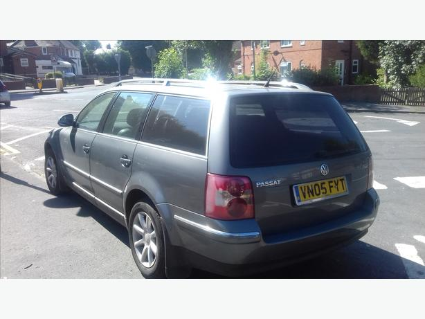 really clean 05 plate auto  1.9tdi mot expired will fly threw next one