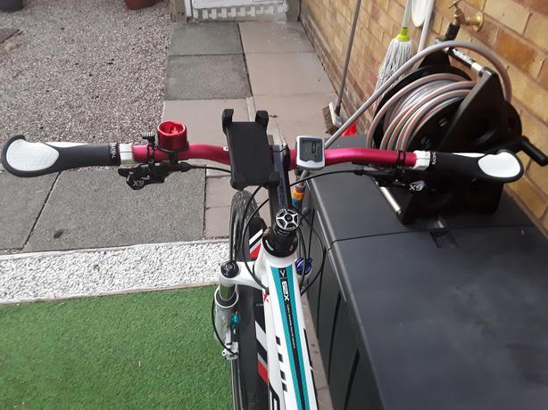 Whyte 629 XC Medium Frame 20 speed Hard tail Mountain bike