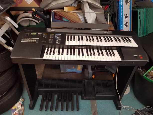 yamaha electric pianno organ