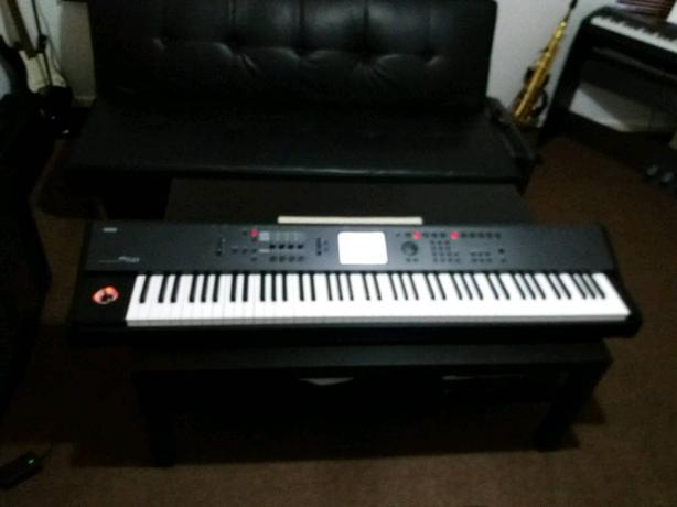 KORG M50 88 KEYS PROFESSIONAL WORKSTATION