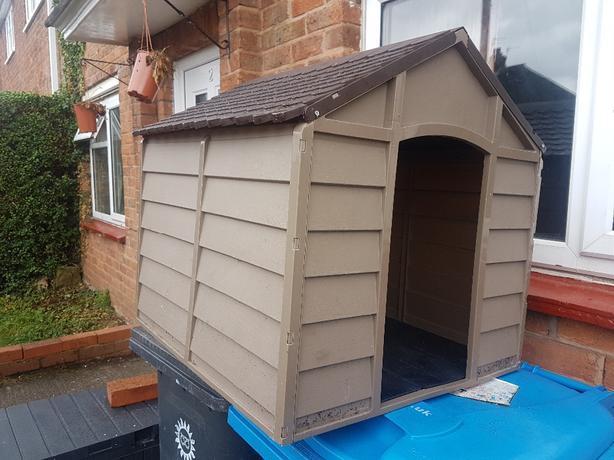 cat/small dog plastic kennel