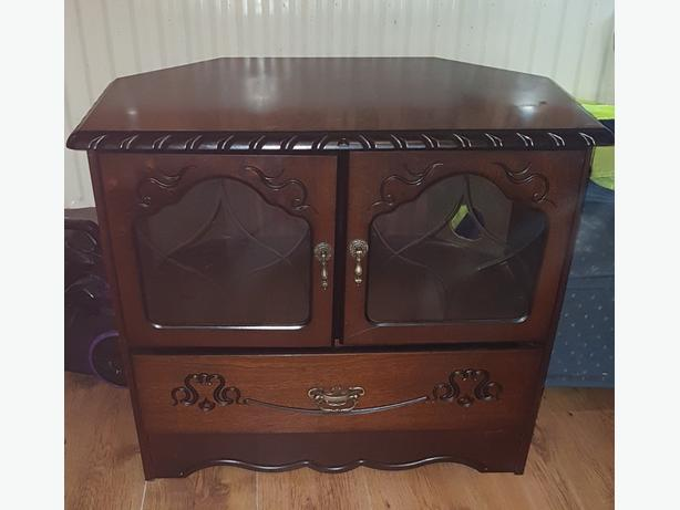 Television unit/stand