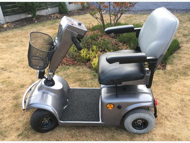 Refurbished Mobility Scooter (Delivery Available)