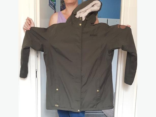 ladies size 18 khaki regatta coat