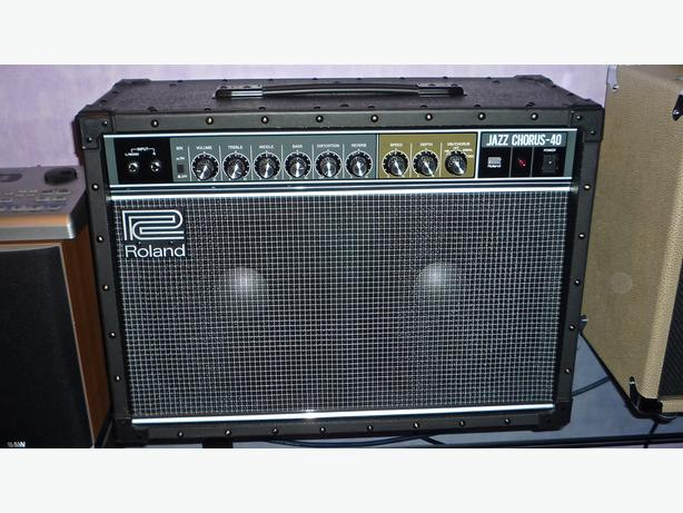 Roland Jazz Chorus 40 Guitar Amplifier.