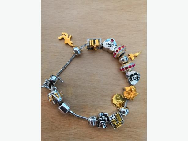 Brand New Elvis Charm Bracelet