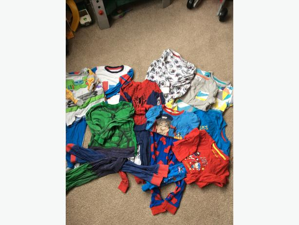 Aged 3-4 pyjama bundle