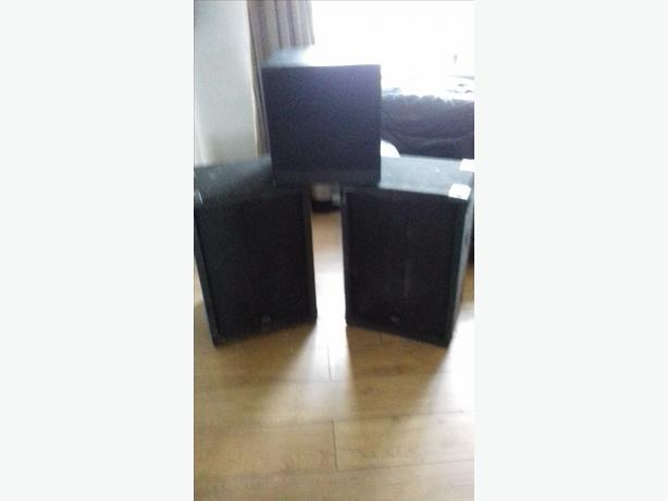 2 big disco speakers gud condition and 1 karoke speaker