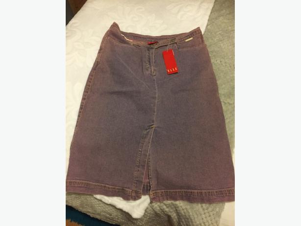 """Ladies """"Elle"""" designer denim skirt, size medium, new with tag!"""