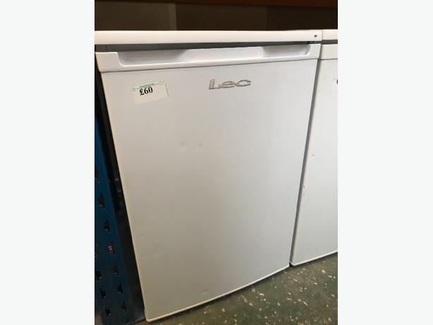 LEC fridge free deilvery at recyk