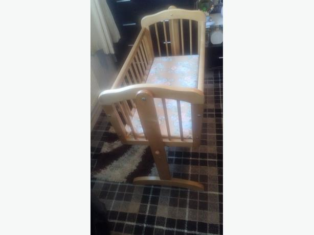 mothercare baby cot bed inc matress good condition
