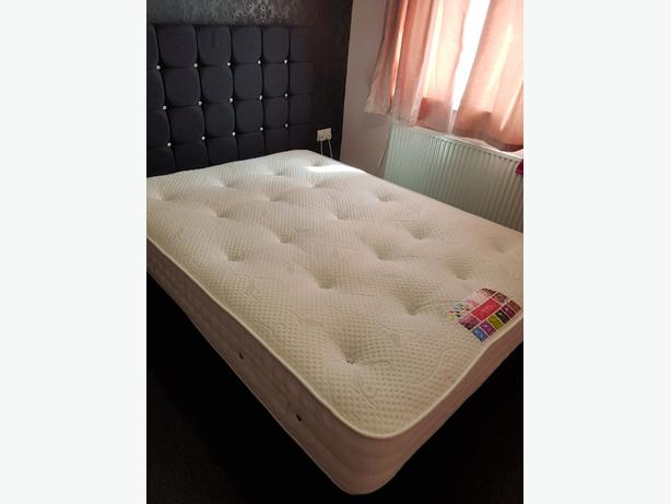 1000 double pocket sprung mattress