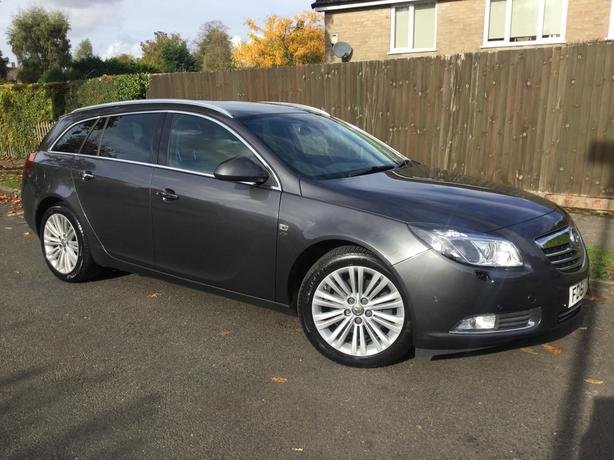 Vauxhall Insignia 2.0 CDTi 160 Elite Nav EcoFlex estate with FSH - V RARE !