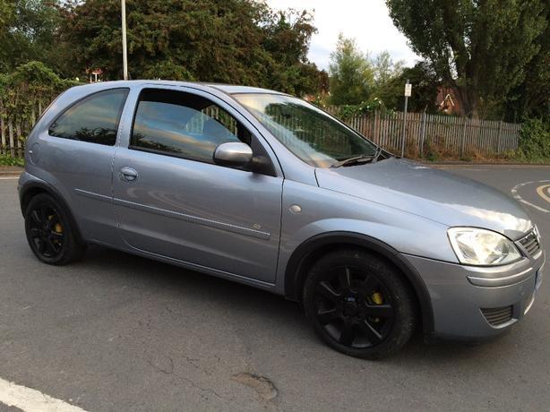 Vauxhall Corsa 1.0 com
