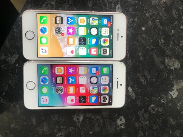 2x iphone se £100 each ono