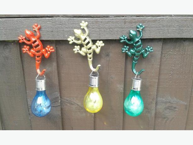 Garden Hooks x 3