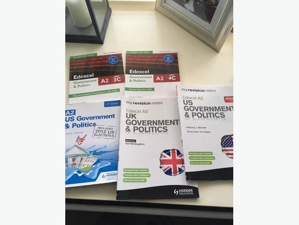 5 x Government & Politics Books Various A2