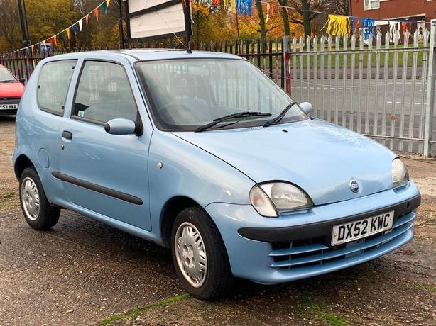 FIAT SEICENTO 1.1 SX, WOW ONLY 59K GENUINE MILES + SUNROOF + £595 !