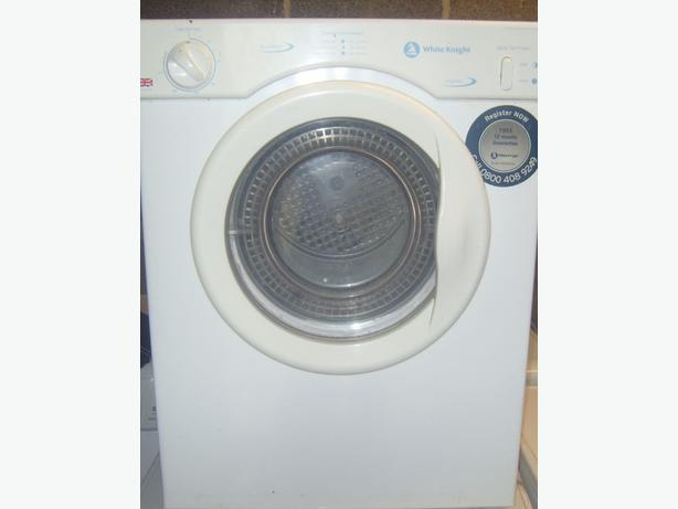 3kg white Knight vented tumble dryer