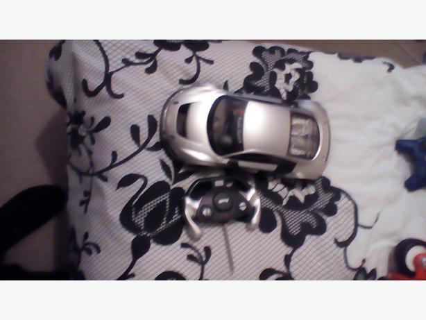 Remote-control car