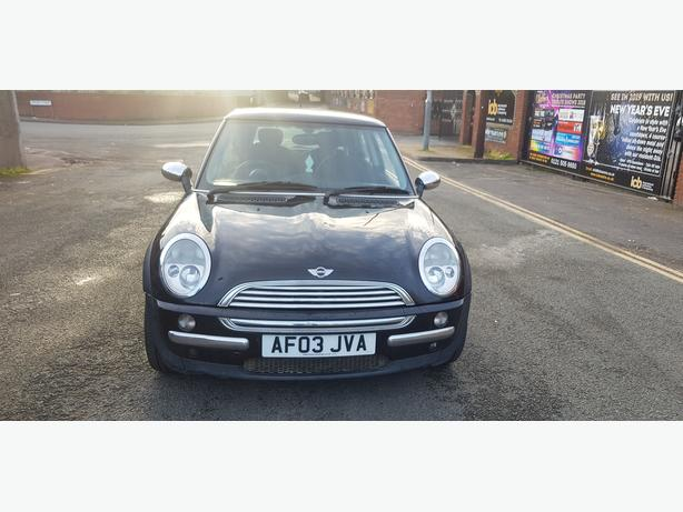 MINI HATCH COOPER R50 1.6 PETROL 5 SPEED MANUAL 3 MONTHS MOT