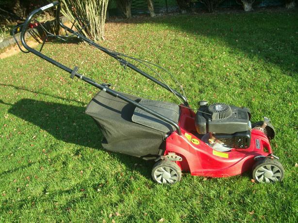 Mountfield RS100 SP 4 stroke petrol Lawnmower(Serviced) 30 Day Warranty