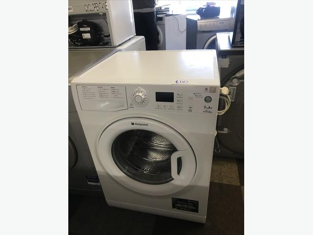 7 KG HOTPOINT WASHING MACHINE IN GREAT CONDITION