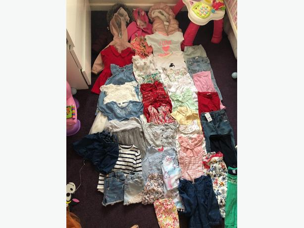 large bundle of girls clothes 9-12 / 12-18 months