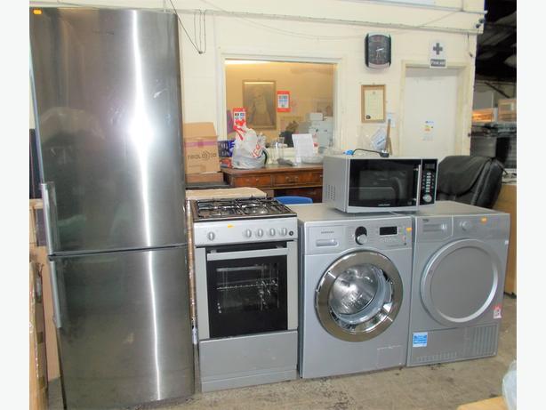 FRIDGE FREEZER / WASHING MACHINE/ COOKER/ DRYER/ BEDS/ WARDROBES