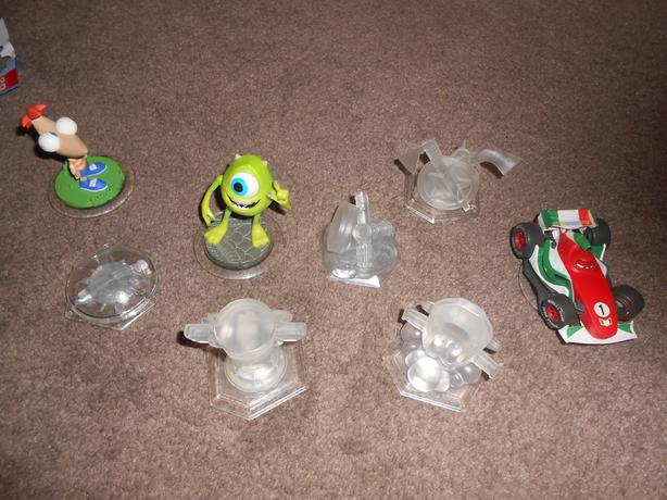 DISNEY INFINITY FIGURES IN EXCELLENT USED CONDITION