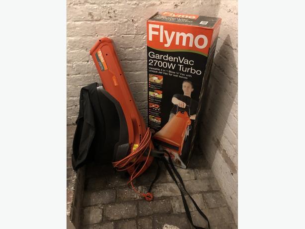 Flymo GardenVac 2700W - Like NEW Immaculate with Box