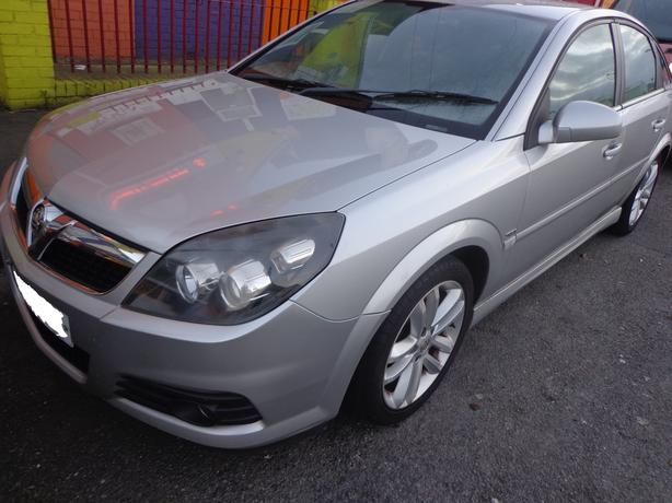 vauxhall vectra AUTOMATIC 57 reg 1.9 diesel+built in satnav+needs tlc+DELIVERY
