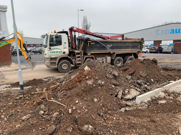 Birmingham grab Hire and haulage ltd aggregates  supplier muck away green waste