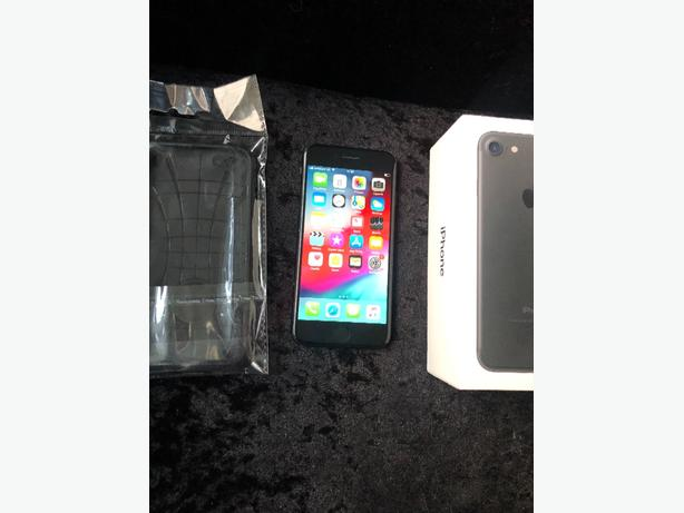 iphone 7 32gb locked to vodafone matte black boxed