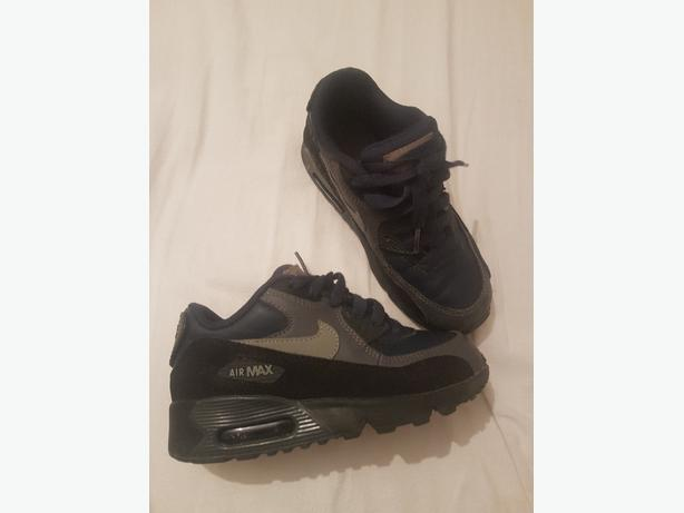Boys Nike Airmax 90 Trainers size 12