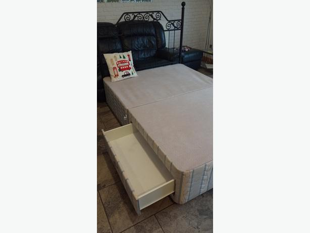 Double bed with storage drawers on both side going cheap double bed