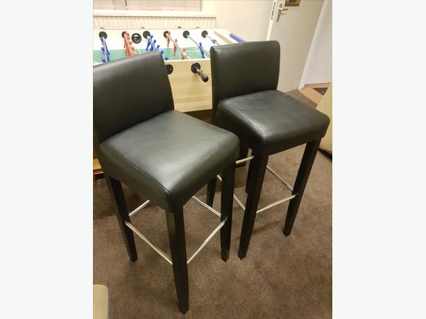 Lovely Leather Breakfast Kitchen Stools Good Condition Can Deliver For £5
