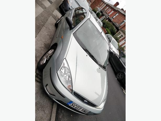 Ford Focus AUTOMATIC GHIA 2003