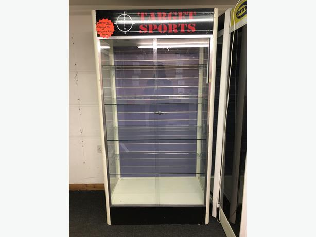 Large Retail Shop Display Cabinet With Lighting.