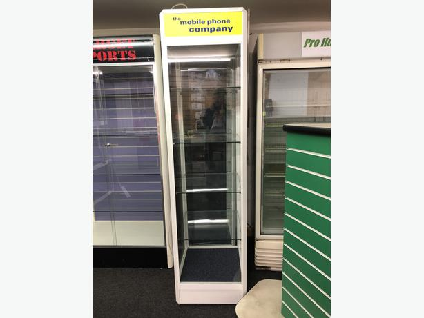Retail Shop Display Cabinet With Lighting.