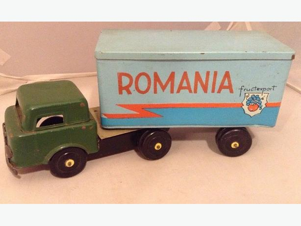 Rare Romanian Vintage Tin Plate Toy Fruit Transport Articulated Lorry Truck